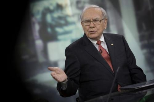 巴菲特避免购买股票伯克希尔的现金堆创下历史新高